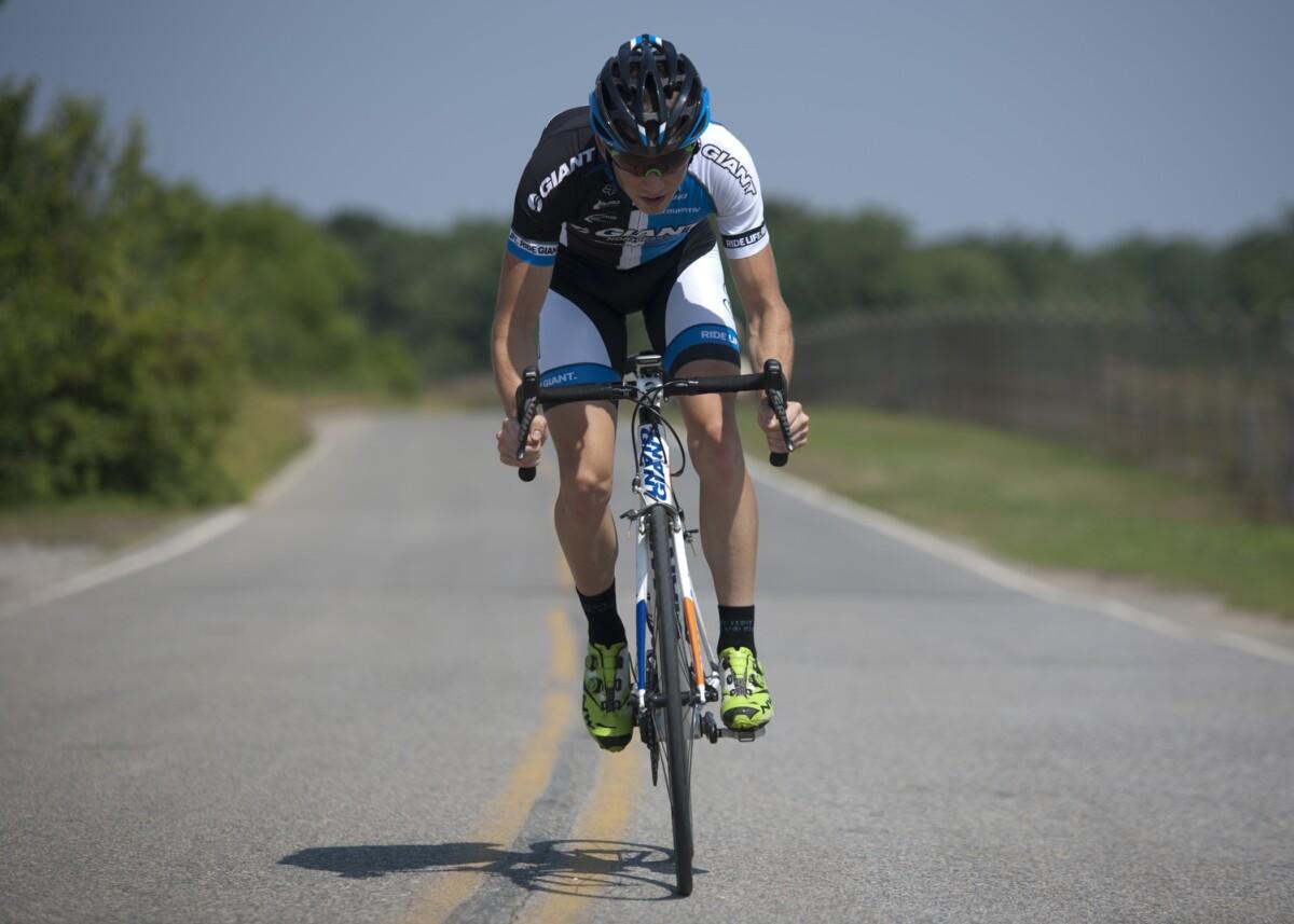 Hidratación balanceada en el ciclismo